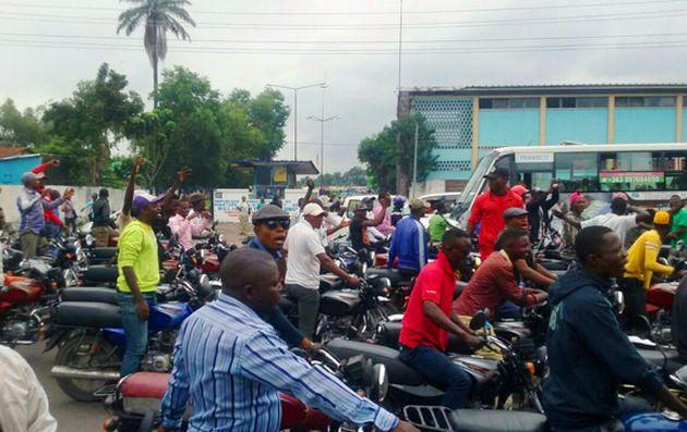 Kasaï oriental : Les conducteurs motos s'insurgent contre la tracasserie policière
