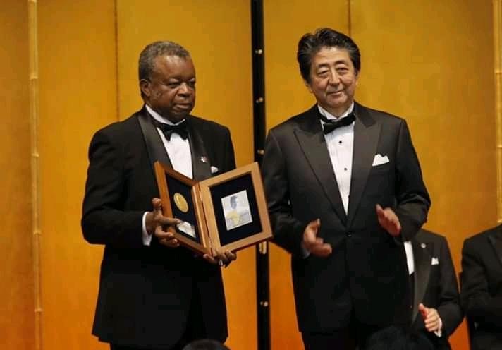 RDC : Dr Muyembe reçoit une médaille et 1 million USD d'honoraires du gouvernement Japonais