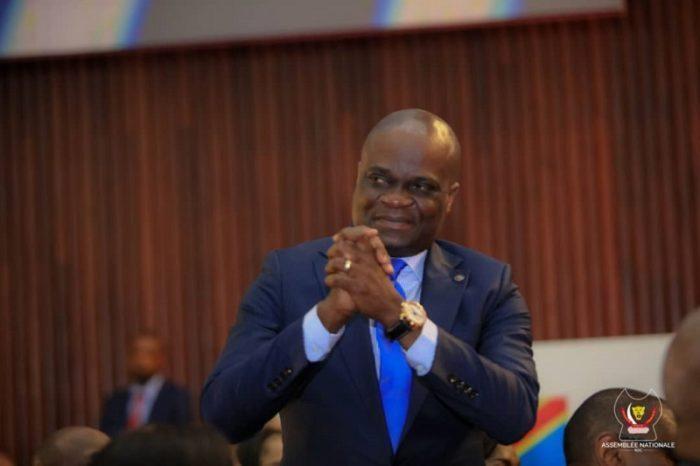 RDC: Willy Bakonga reaffirme que la gratuité de l'enseignement concerne l'école primaire (1e et 6e)