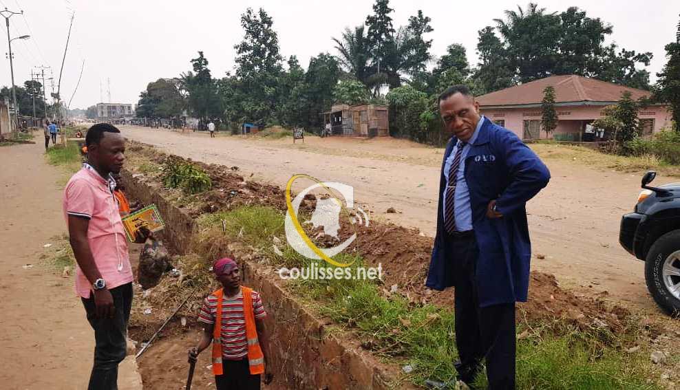Kasai-oriental : Joachim Kalonji, Ministre des infrastructures et des travaux routiers fait le bilan de ses activités.