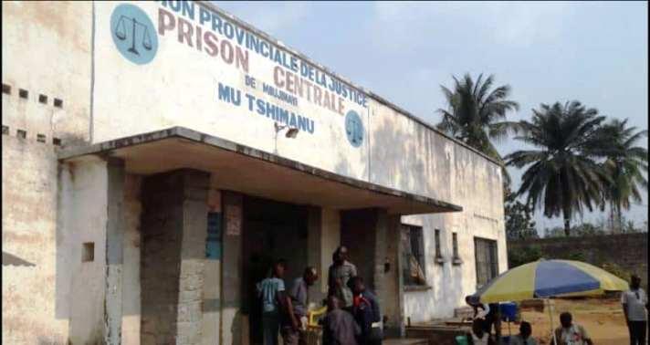 Kasaï oriental : Désengorgement de la prison de Mbujimayi, plus de 60 prisonniers transférés à Kabinda