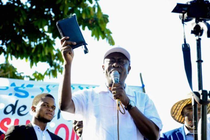 RDC-Kongo Central : Augustin Kabuya dit apporter l'amour à ses membres au lieu  des uppercuts
