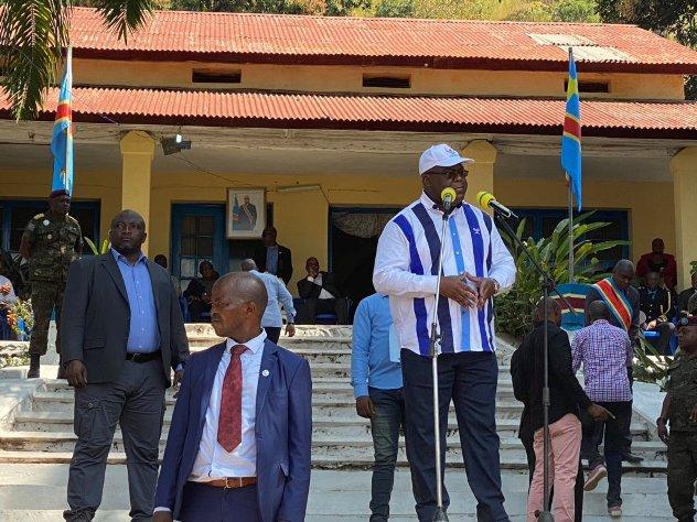 RDC/Sud- Ubangi Felix Tshisekedi promet un bac aux populations de Zongo