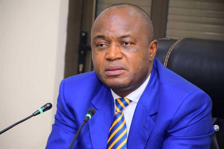 RDC: Gentiny Ngobila suspend 8 bourgmestres de la ville de Kinshasa