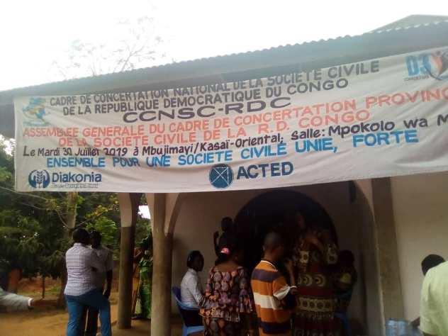 Kasaï oriental : La société civile exige la libération du lanceur d'alerte Claude Mianzuila
