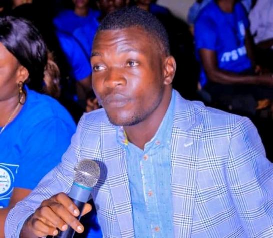 Kasaï oriental : Moïse Tshilenge, un journaliste détenu pendant 5heures pour avoir fait son travail