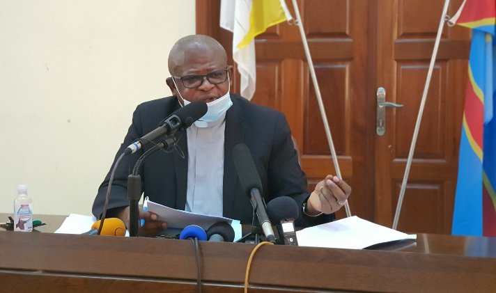 RDC: M. l'Abbé Nshole dresse le bilan de la gratuité de l'enseignement de base