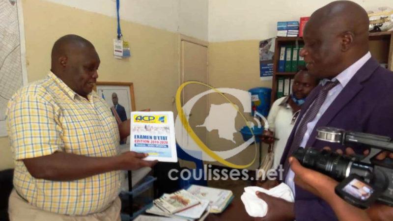 Kasaï oriental: L'ACP remet des bulletins des examens d'État au ministre de l'éducation