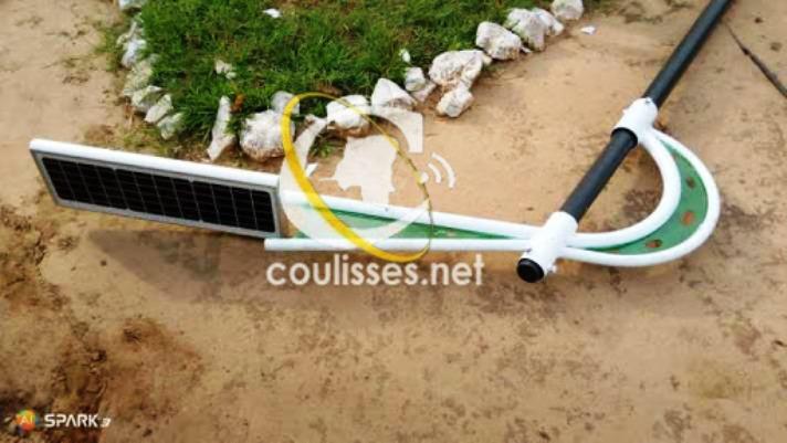 Kasaï oriental : Réception par la SNEL des nouveaux lampadaires solaires