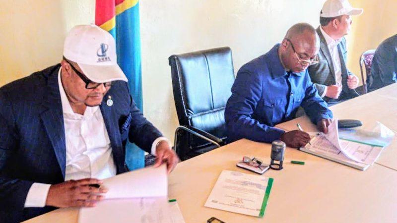 RDC-Lomami : La Société «Jin Jian Construction Sarl» signe un contrat avec le gouverneur Lubamba pour la construction des infrastructures de base