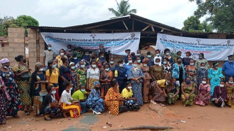 Kasai oriental : L'OIM réunit  les femmes au premier forum des quartiers à Dibindi