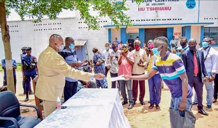 Kasaï oriental : 33 prisonniers graciés par le président Tshisekedi recouvrent leur liberté