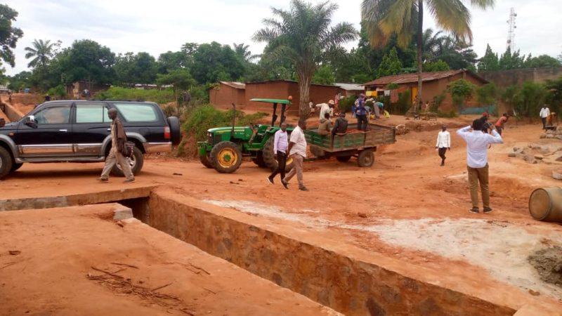 Kasaï oriental : L'OVD rétablit le passage sur l'érosion Bobo, satisfecit de la population