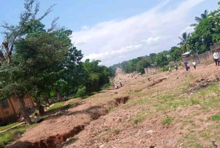 Kasaï Oriental : La population souhaite l'accélération des travaux exécutés sur l'avenue Casop