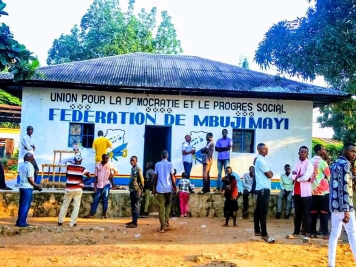 Kasaï oriental : une liste des 11 candidats gouverneurs crée la controverse à l'UDPS, fédération de Mbujimayi