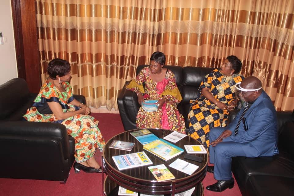Kasaï oriental : il n'y a pas d'écoles fictives à Mbujimayi, dit l'envoyée du SECOPE à Jeannette Longa
