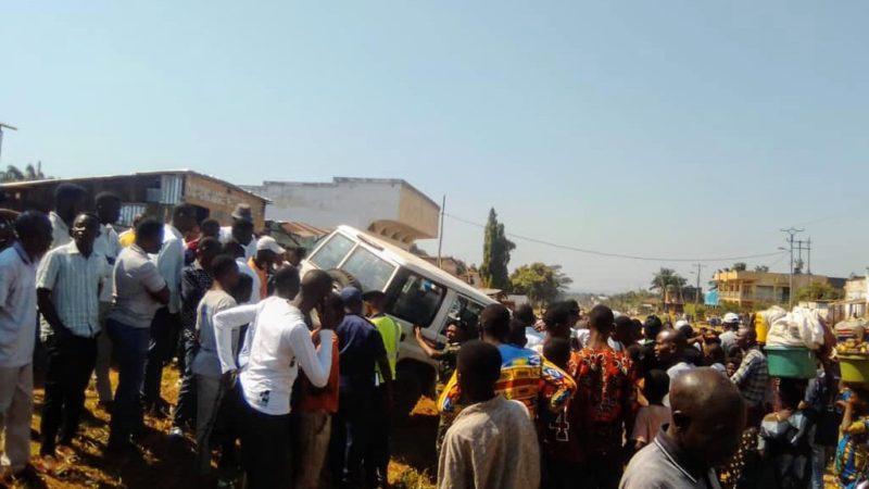 Kasaï Oriental : Un accident de circulation suite à une altercation entre le chauffeur et la PCR
