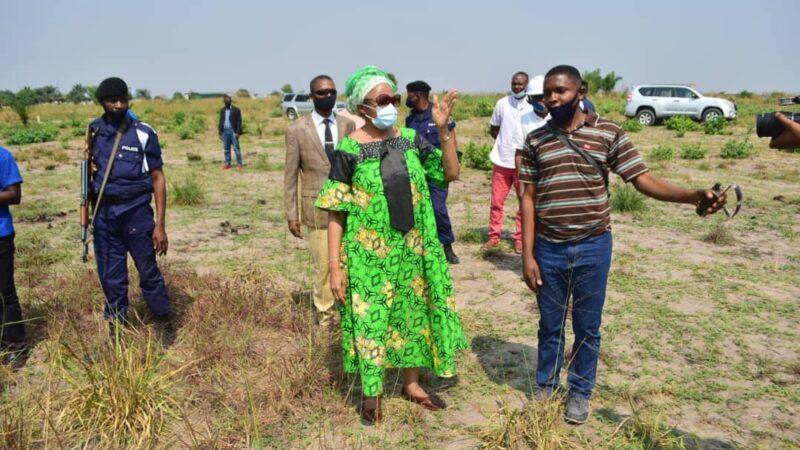 Kasaï oriental : Jeannette Longa visite le site qui va abriter la résidence privée du président Tshisekedi