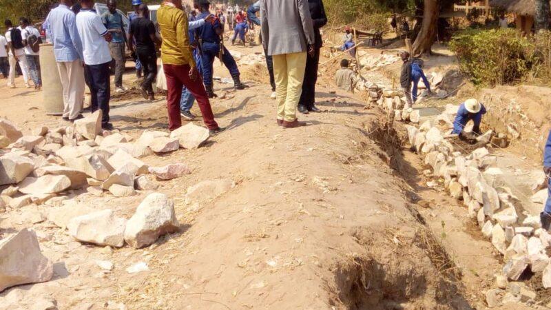 RDC-Lomami: Le Chantier avenue Lumumba préoccupe le Gouverneur ad interim Édouard Mulumba