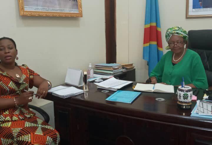 Kasaï oriental : Tête-à-tête Nadine Mangabu- Jeannette Longa sur l'accueil du président Tshisekedi