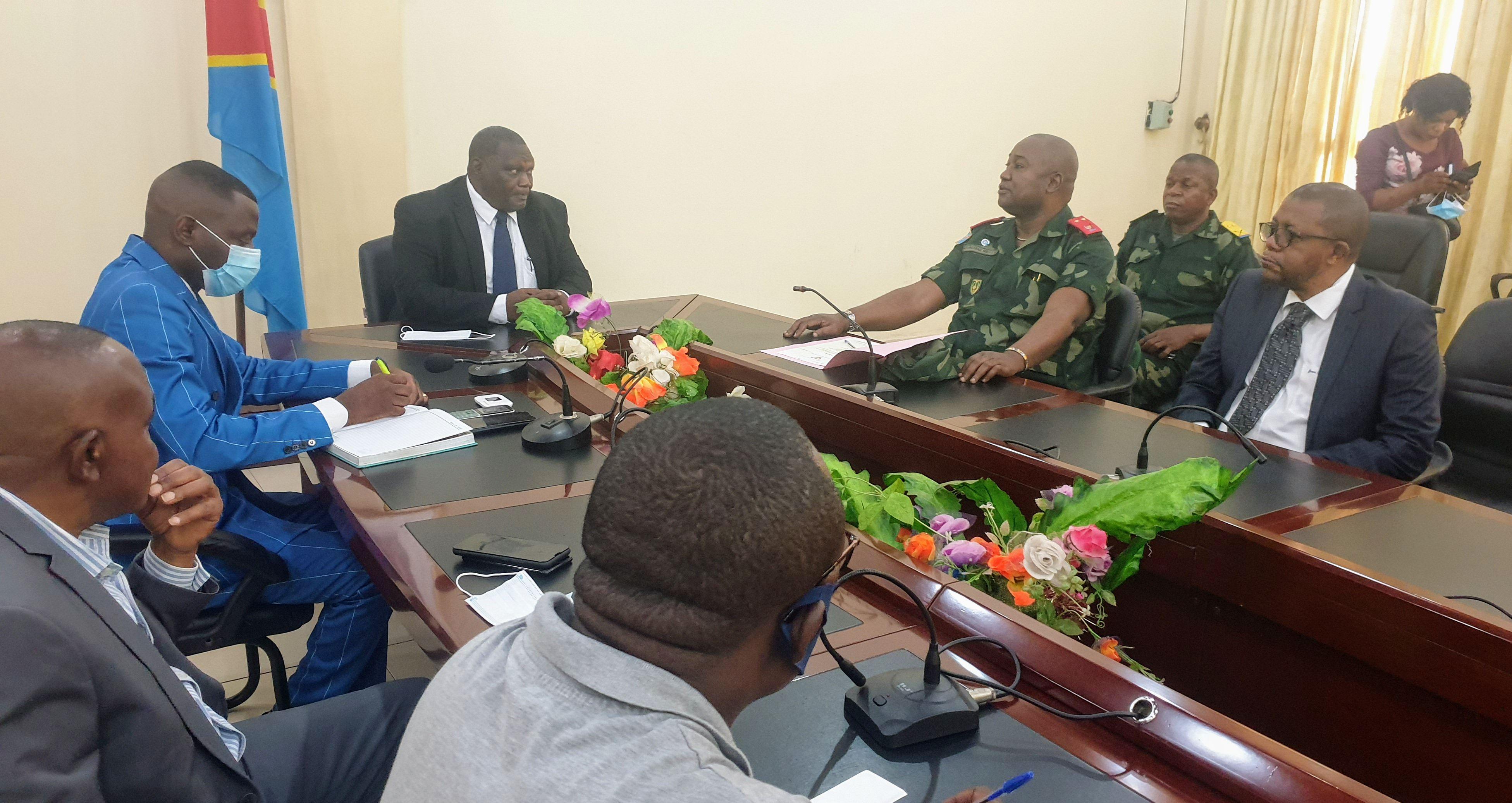 Kasai-oriental : une délégation de la présidence achemine des équipements médicaux à Mbujimayi